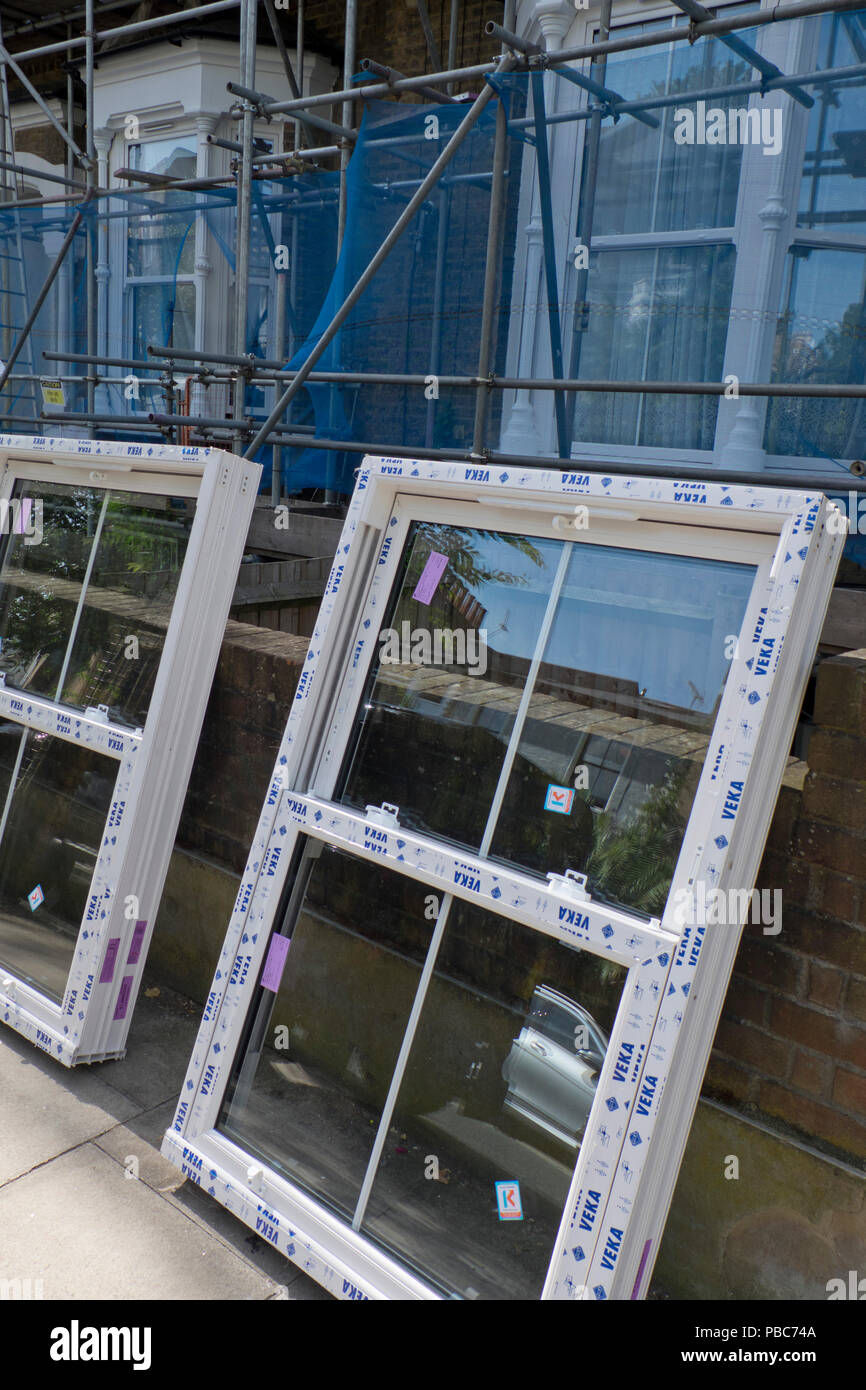 PVC windows in the apartment - the main condition for a comfortable stay 60