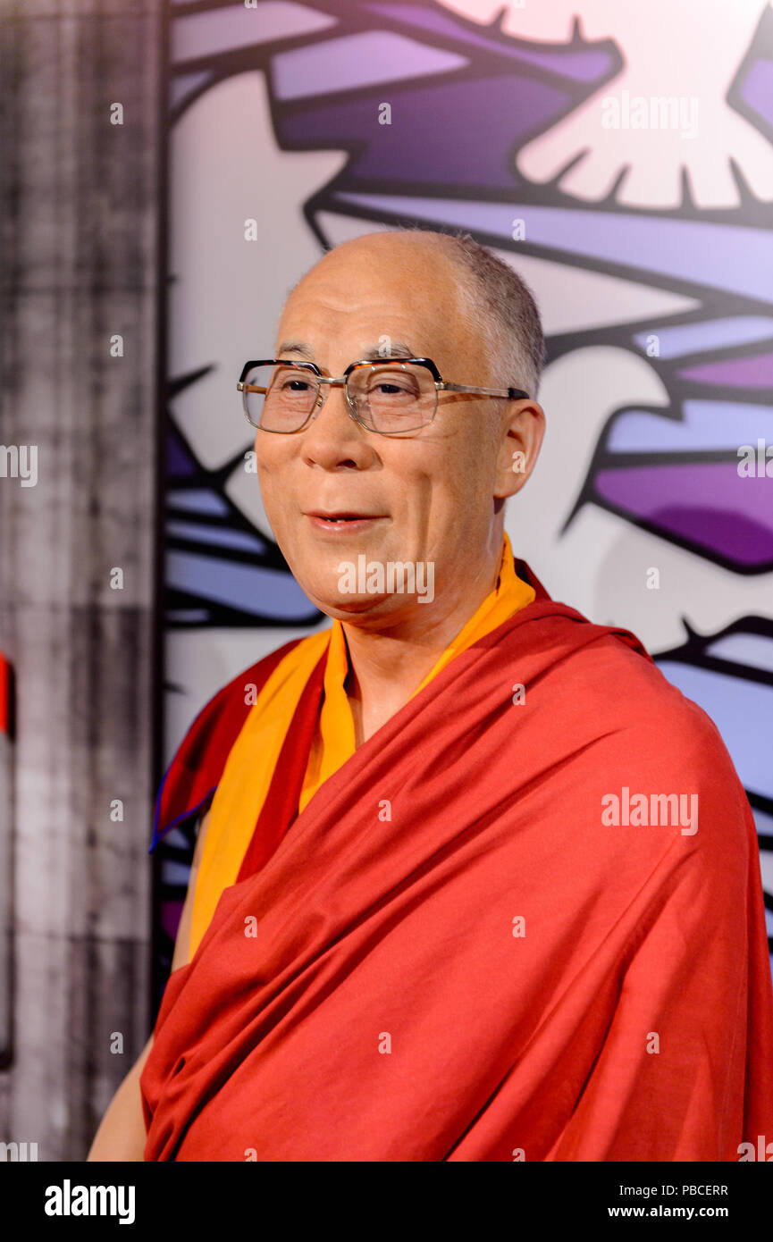 SAN FRANCISCO, USA - OCT 5, 2015: Dalai Lama at the Madame Tussauds museum in SF. It was open on June 26, 2014 - Stock Image