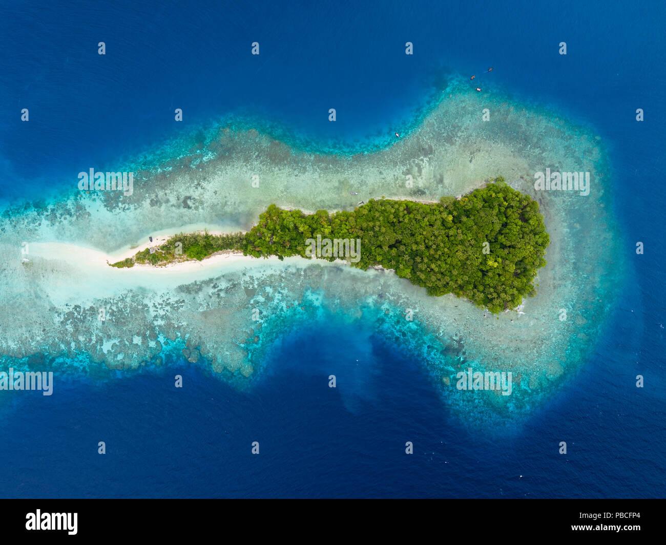 Aerial image of Njari Island, Solomon Islands - Stock Image