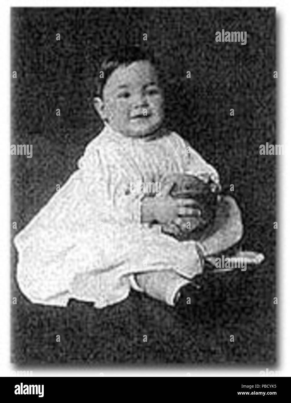 . English: Aurelia Henry Reinhardt as an infant . Original caption state the image was taken in 1897, although this is an apparent typographical error. Reinhardt was born in 1877. 1252 Reinhardtchild - Stock Image