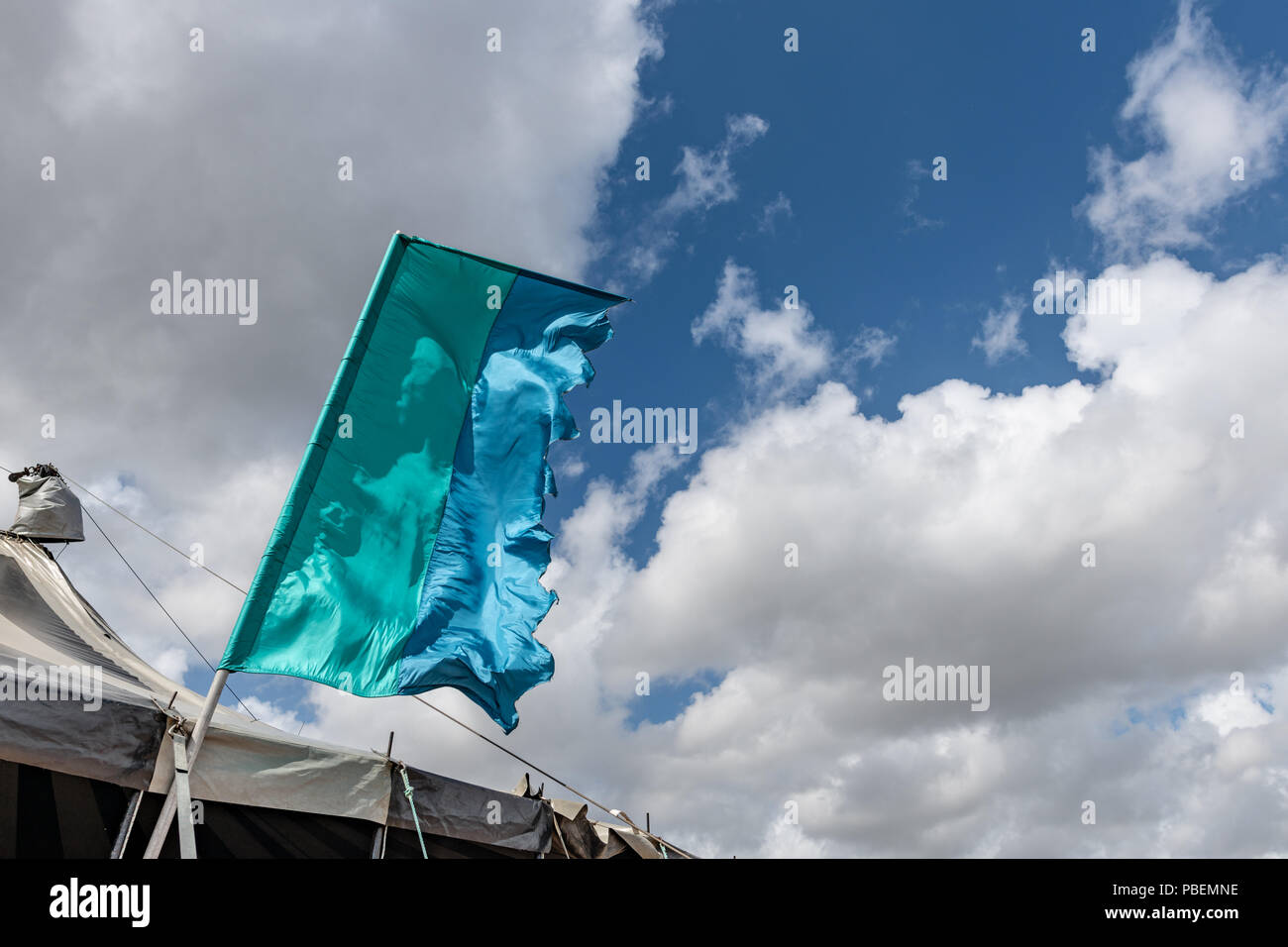 Poole, UK. 28th July 2018. Very windy weather at the Poole Harbour Festival in very windy weather. Credit: Thomas Faull/Alamy Live News Stock Photo