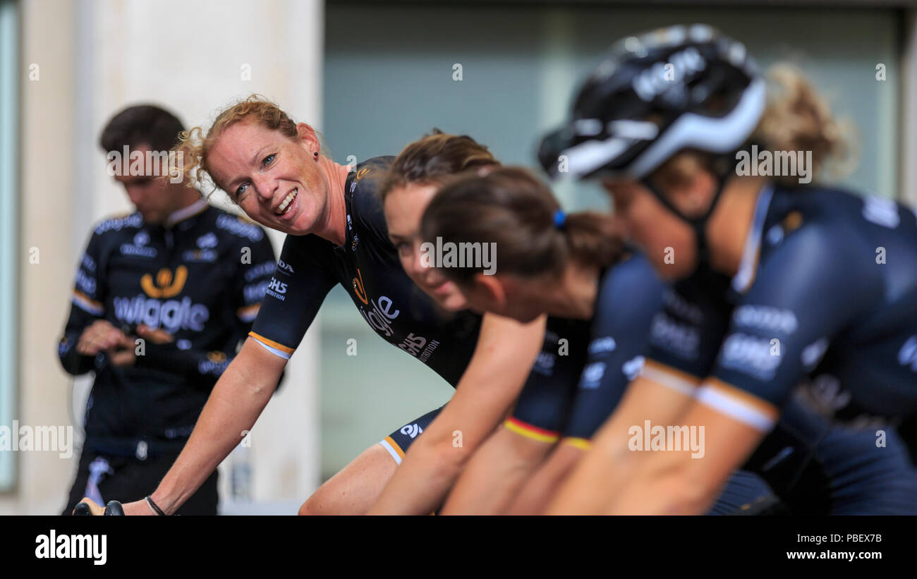 London, UK, 28 July 2018. Prudential RideLondon Classique. Kirsten Wild (Wiggle-High5, NED) and her teammates warm up ahead of RideLondon Classique - a 65km race around a 5.4km circuit finishing on The Mall. Wild won the race in a sprint finish. Stock Photo
