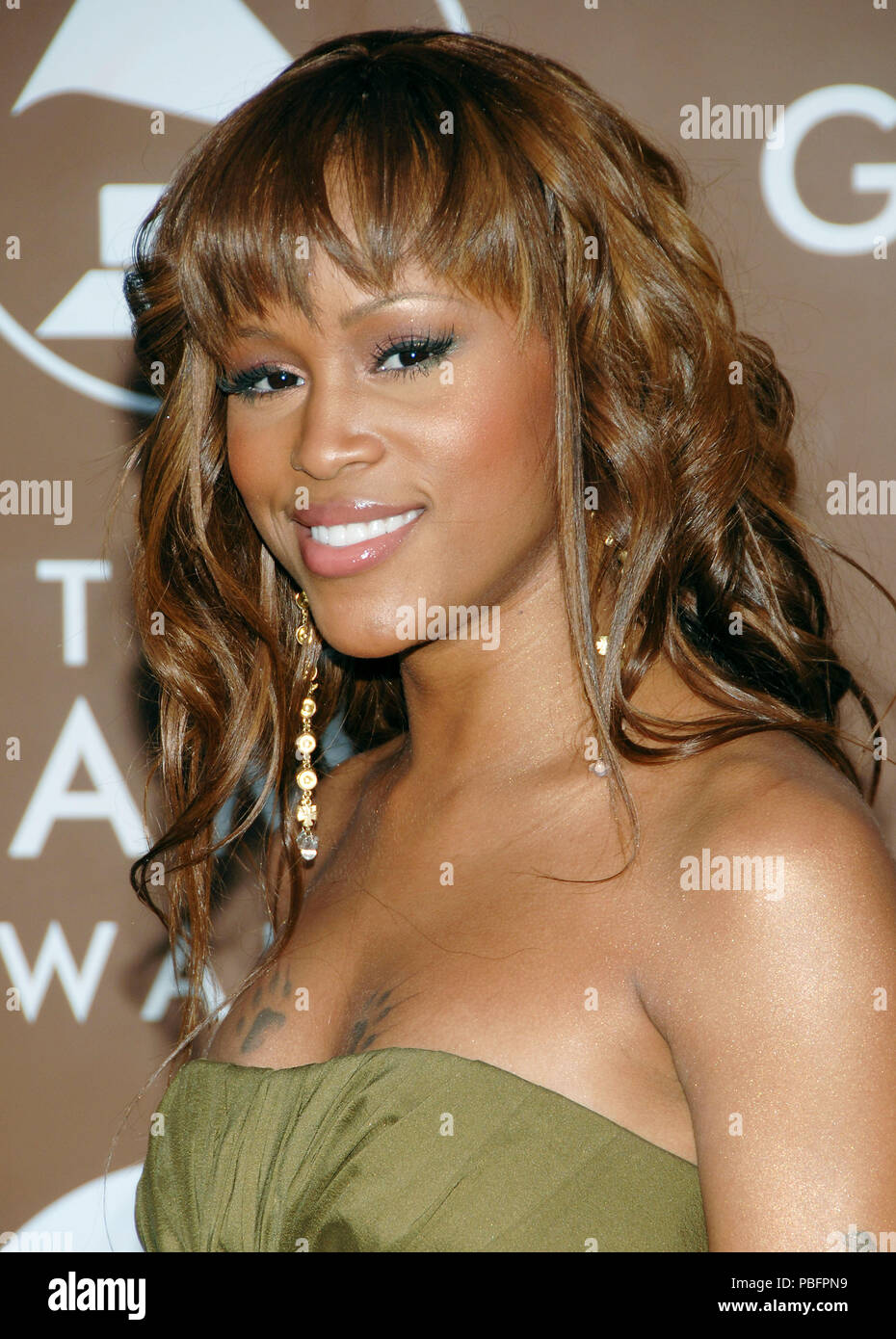 Eve arriving at the 48th Grammy Awards at the  Staples Center In Los Angeles, Wednesday February 8, 200611_Eve293 Red Carpet Event, Vertical, USA, Film Industry, Celebrities,  Photography, Bestof, Arts Culture and Entertainment, Topix Celebrities fashion /  Vertical, Best of, Event in Hollywood Life - California,  Red Carpet and backstage, USA, Film Industry, Celebrities,  movie celebrities, TV celebrities, Music celebrities, Photography, Bestof, Arts Culture and Entertainment,  Topix, headshot, vertical, one person,, from the year , 2006, inquiry tsuni@Gamma-USA.com - Stock Image