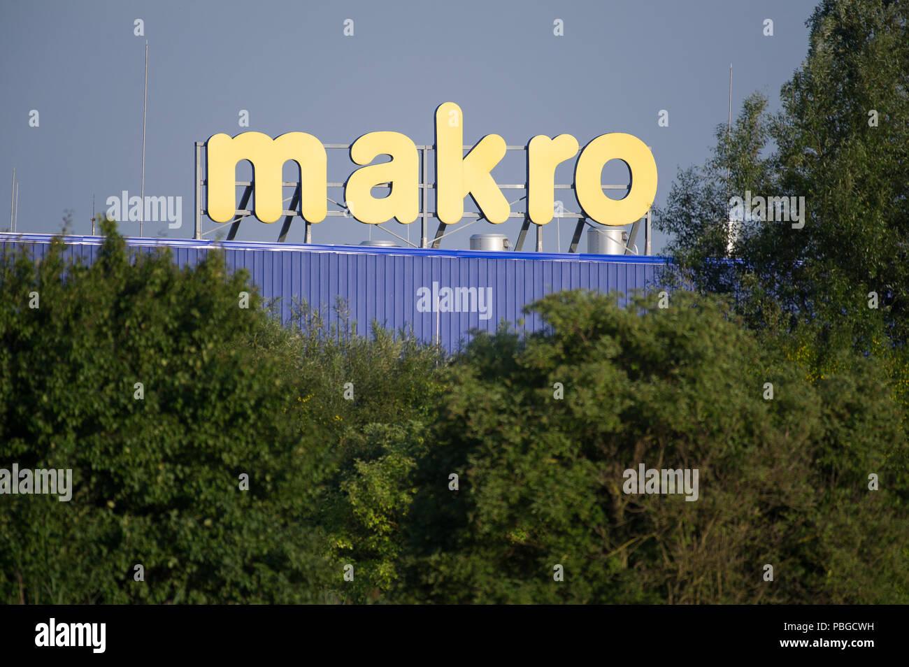 Makro Metro Cash and Carry in Gdansk, Poland. July 22nd 2018 © Wojciech Strozyk / Alamy Stock Photo - Stock Image
