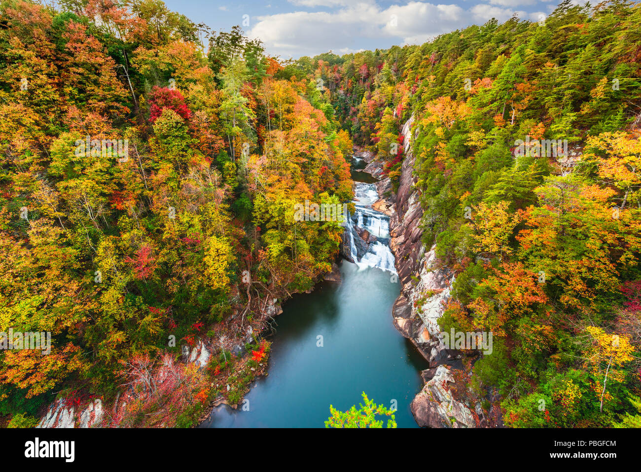 Tallulah Falls, Georgia, USA overlooking Tallulah Gorge in the autumn season. - Stock Image