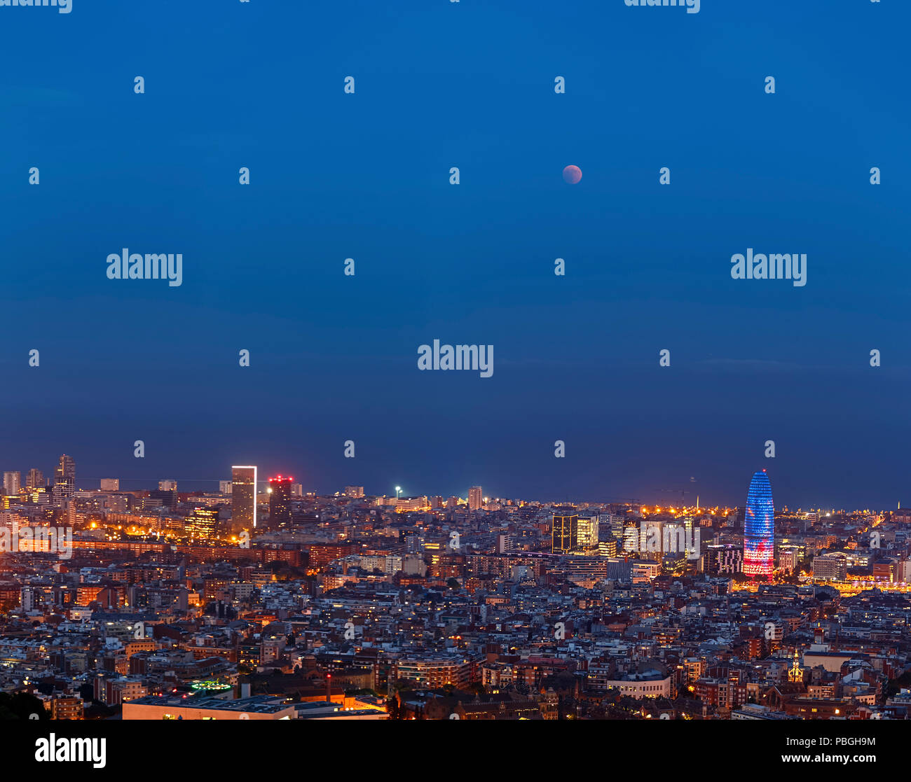 Total Lunar Eclipse over Barcelona on July 27,2018 - Stock Image