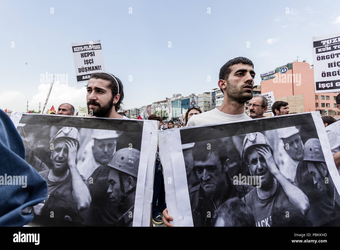 ISTANBUL, TURKEY - MAY 25, 2014: Protests against subcontractor system after Soma mine disaster - Stock Image