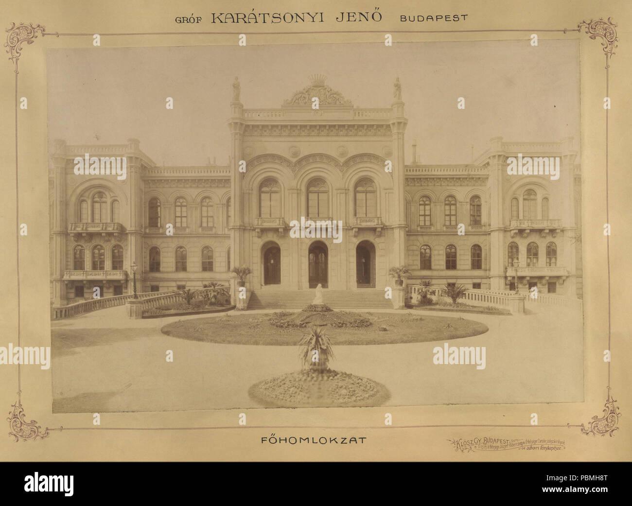 868 Krisztina körút 55., a Karátsonyi-palota (lebontották) főhomlokzata. A felvétel 1895-1899 között készült. A kép Fortepan - Budapest Főváros Levéltára. Levéltári jelzet- HU.BFL.XV.19.d.1.11.070 Fortepan 83162 - Stock Image
