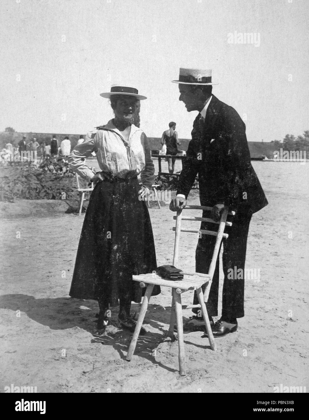 989 man and woman, hat, chair, straw hat fortepan 13494 stock photo