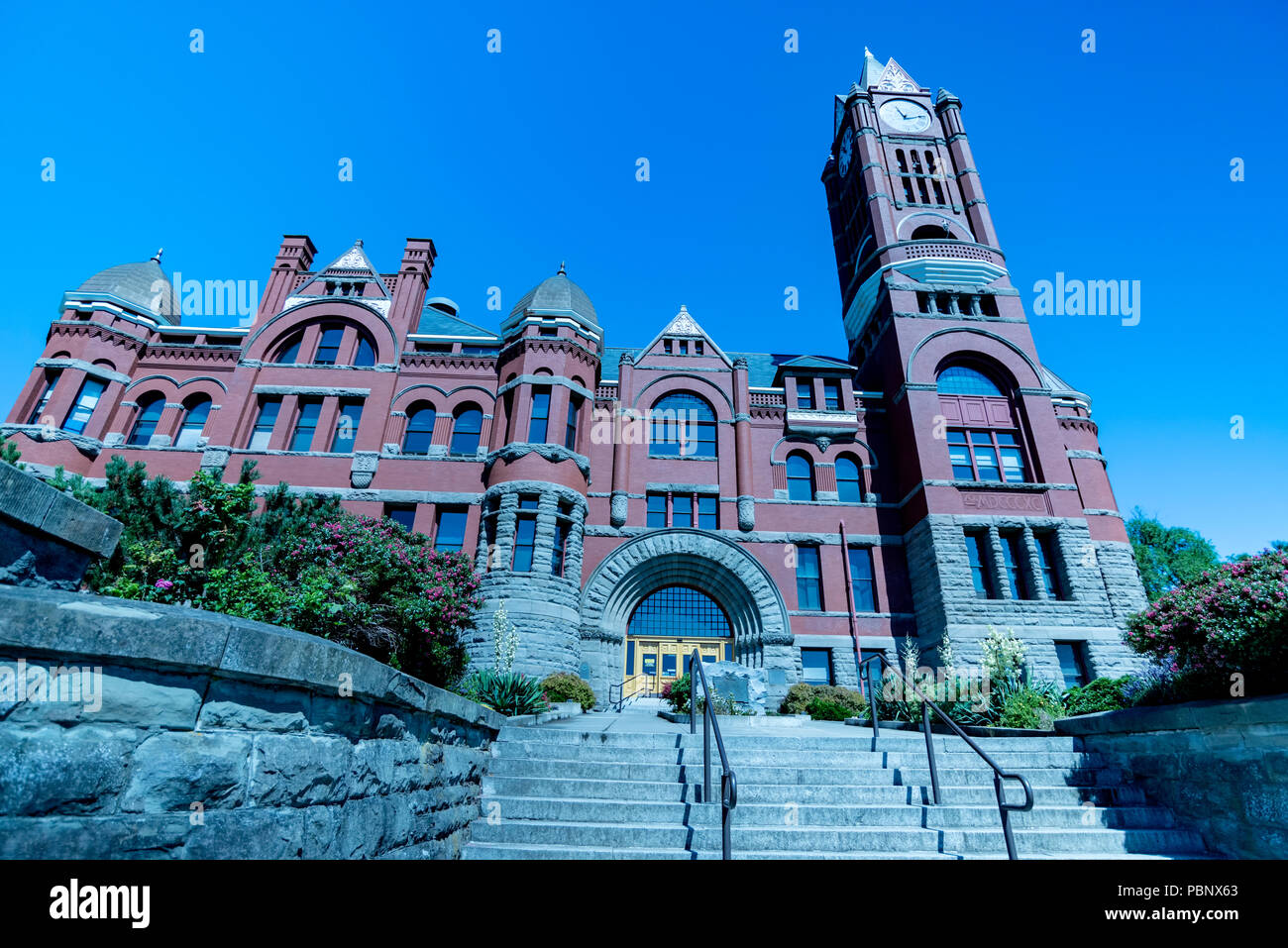 Jefferson County Courthouse 4. Built in red brick Romanesque Revival style in 1892 by Architect W. A. Ritchie. Port Townsend, Washington, USA Stock Photo
