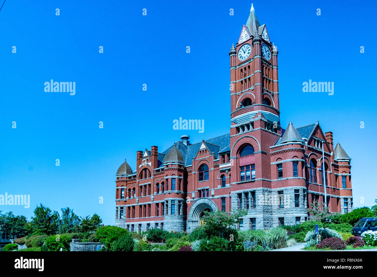 Jefferson County Courthouse 1. Built in red brick Romanesque Revival style in 1892 by Architect W. A. Ritchie. Port Townsend, Washington, USA - Stock Image