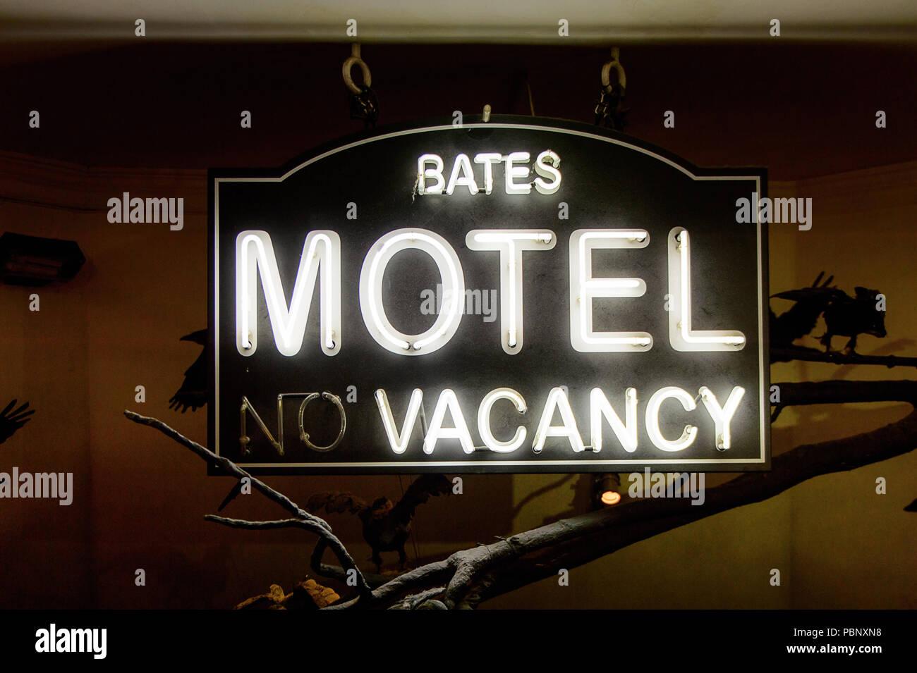 Norman Bates Stock Photos & Norman Bates Stock Images - Alamy