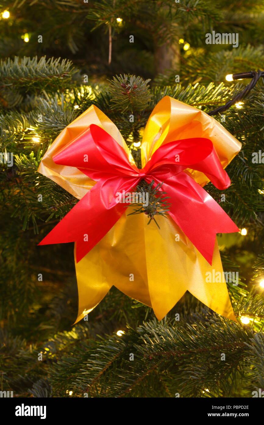 Dm Christbaumkugeln.Weihnachtsbaumschmuck Stock Photos Weihnachtsbaumschmuck Stock