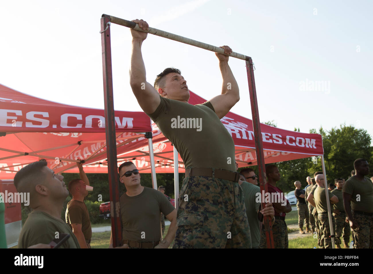 marines do pull ups in a timed event at camp maxey powderly texas