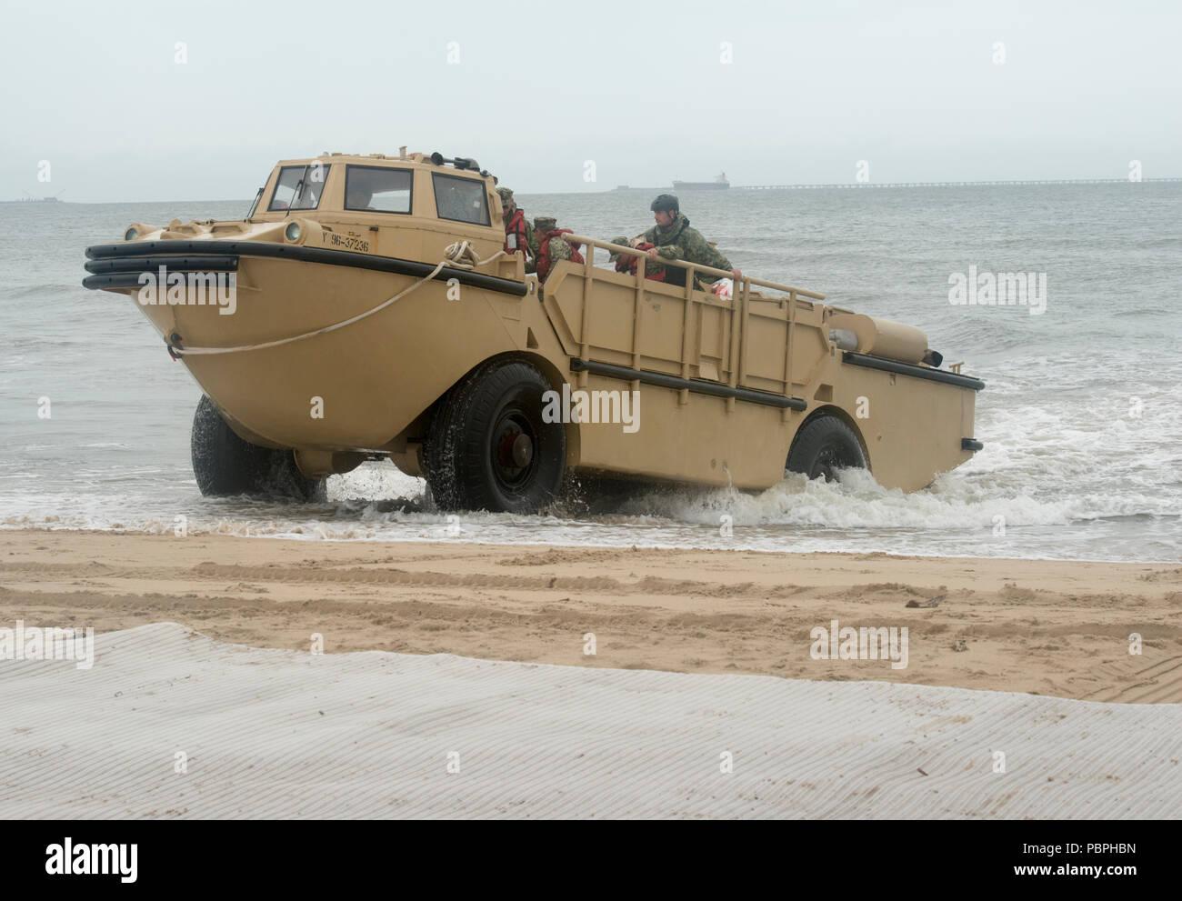 Lighter Amphibious Resupply Cargo Larc Stock Photos & Lighter