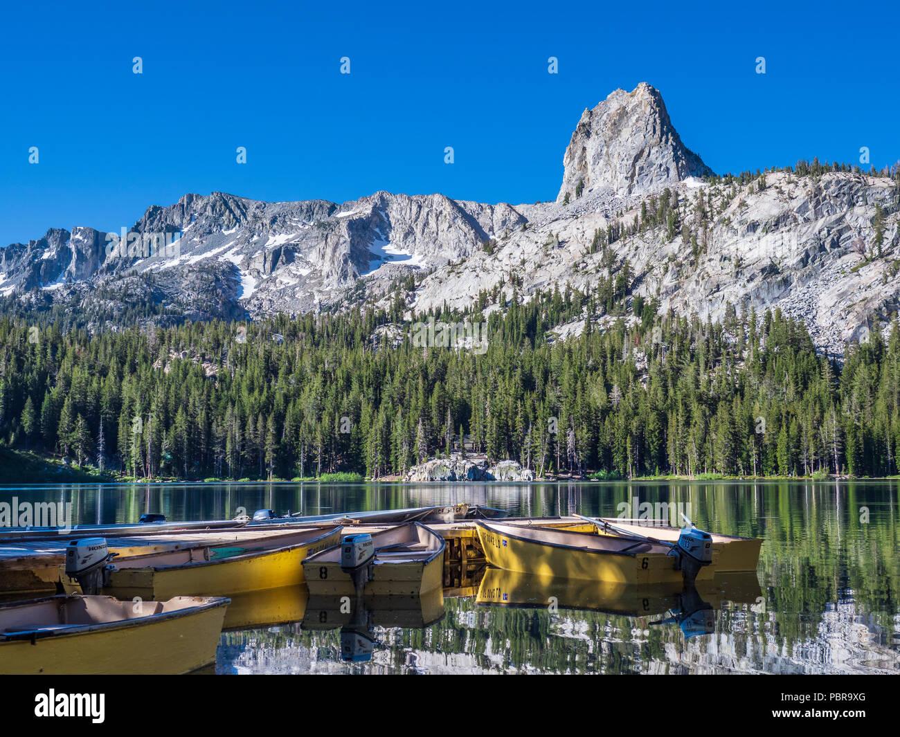Boats at the dock, Lake George, Mammoth Lakes, California. - Stock Image