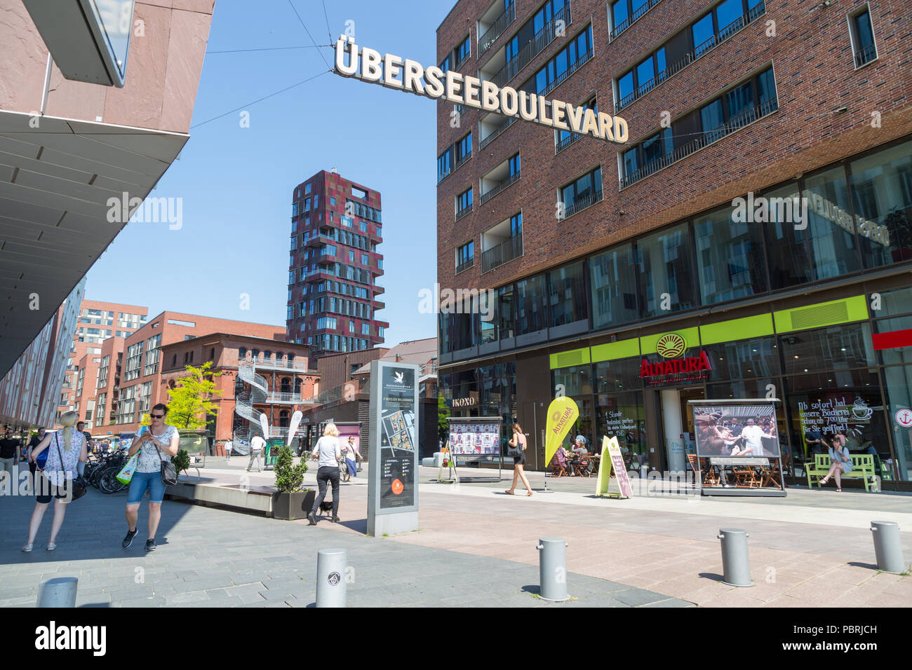 Shopping street Überseeboulevard, Hafen-City, Hamburg - Stock Image