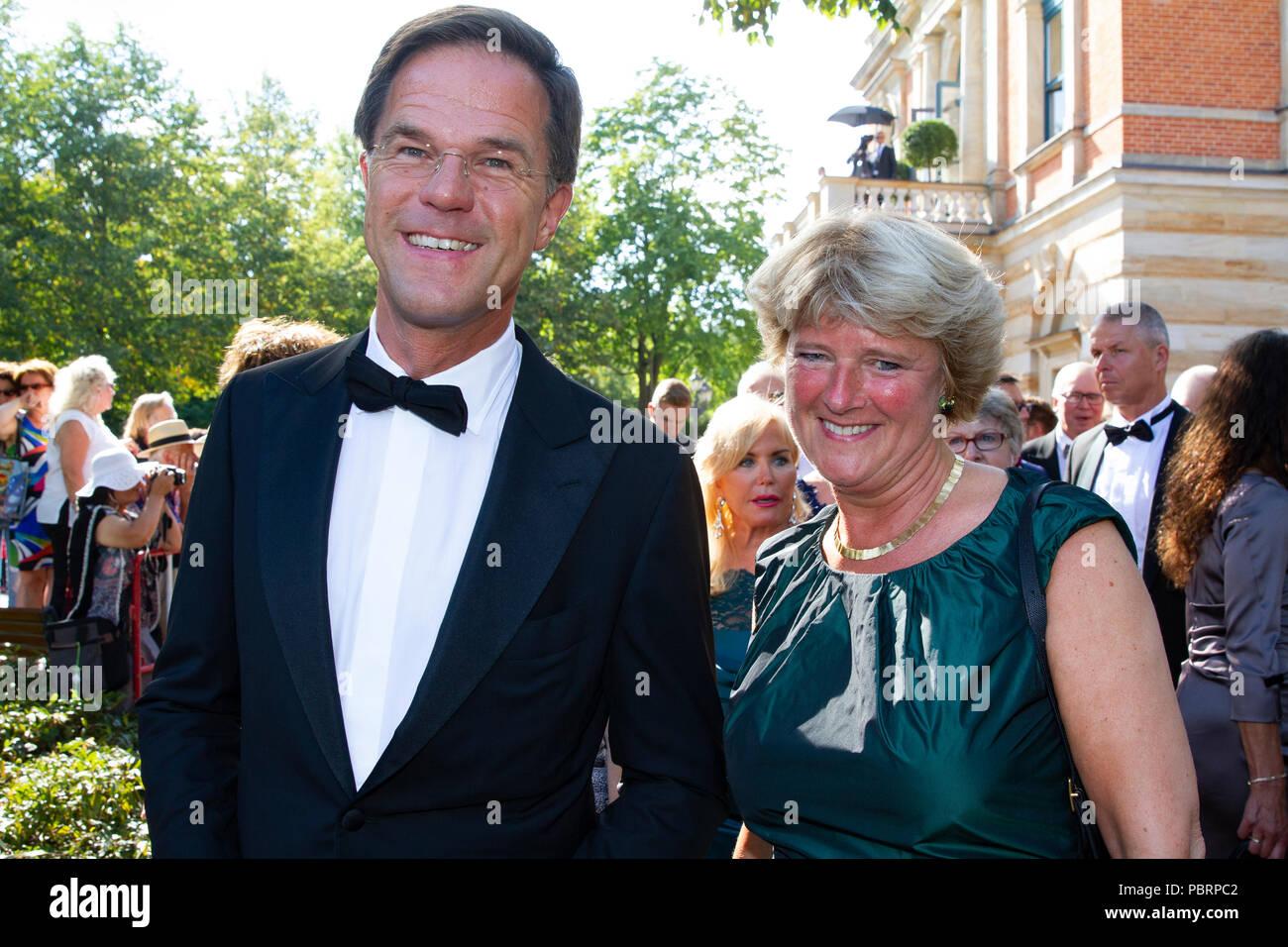 Mark Rutte (Niederländischer Ministerpräsident) und Professorin Monika Grütters (Staatsministerin und Beauftragte der Bundesregierung für Kultur) - Stock Image