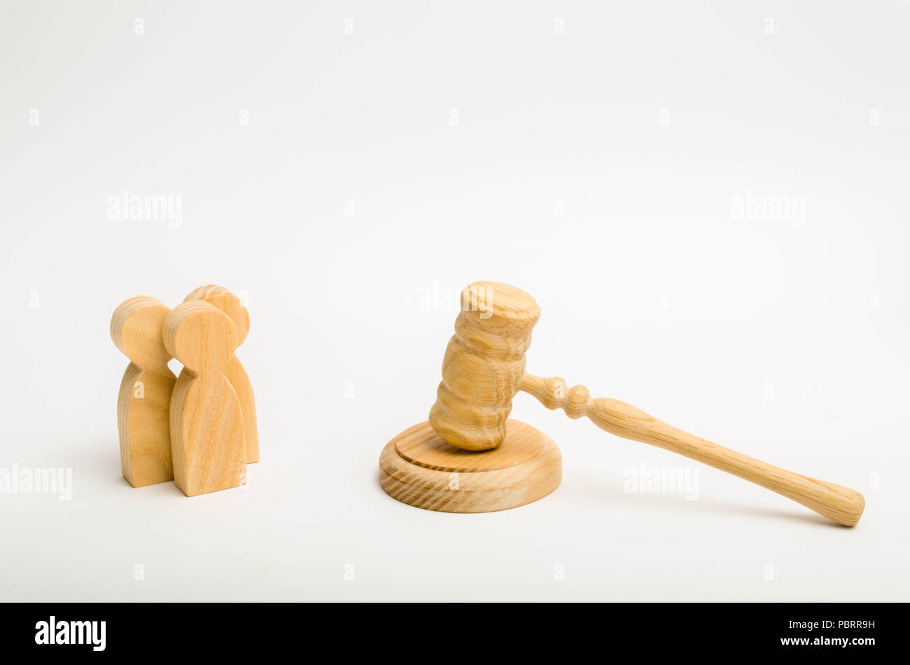three men and a hammer of the judge the trial of cases in court