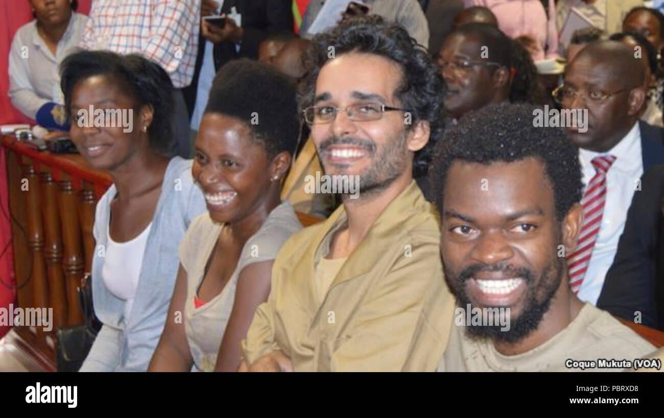 Activistas Rosa Conde Laurinda Gouveia Luaty Beirão no tribunal. Luanda Angola. Nov 16 2015. - Stock Image