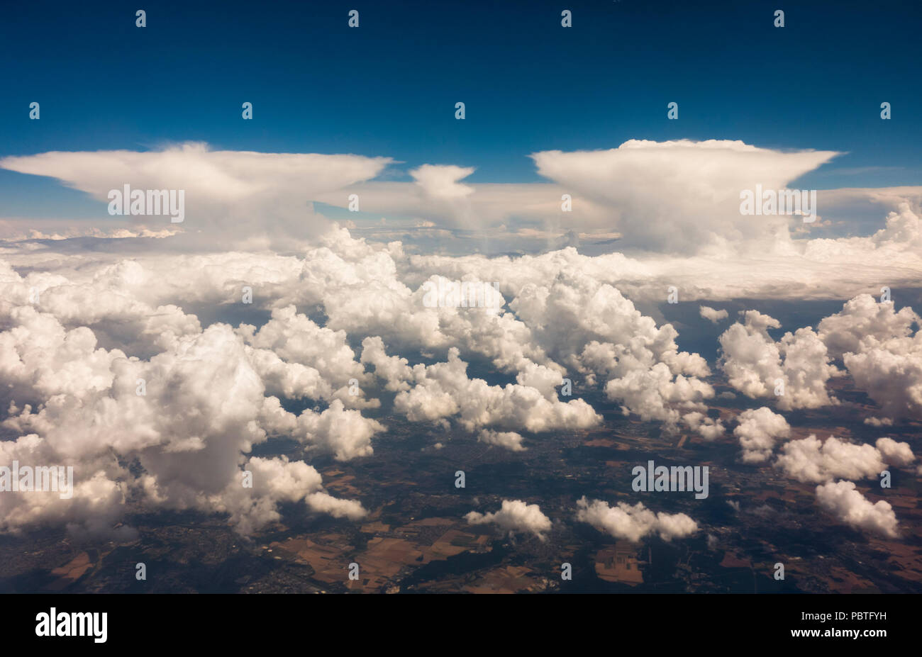 cloud types cumulus clouds and nimbostratus altostratus clouds