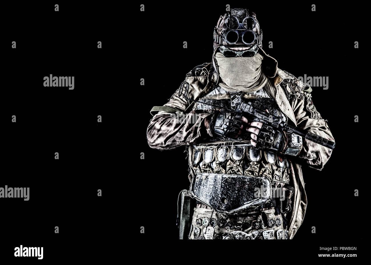 Post apocalyptic survivor with handmade pistol - Stock Image