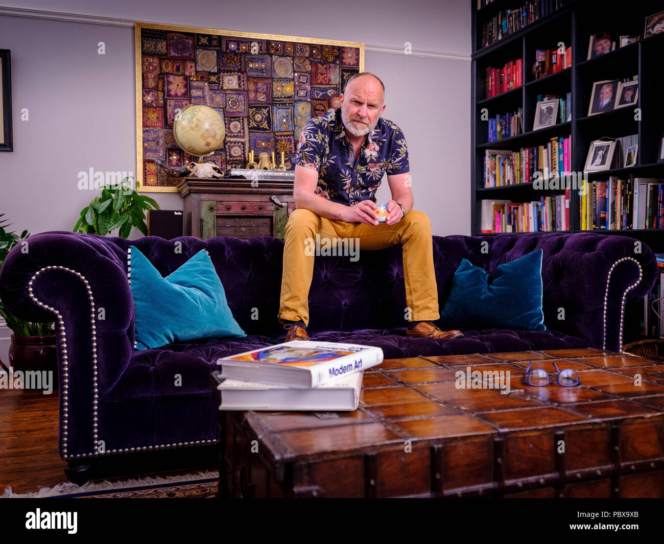 Comedian Simon Evans at his home in Sussex. - Stock Image