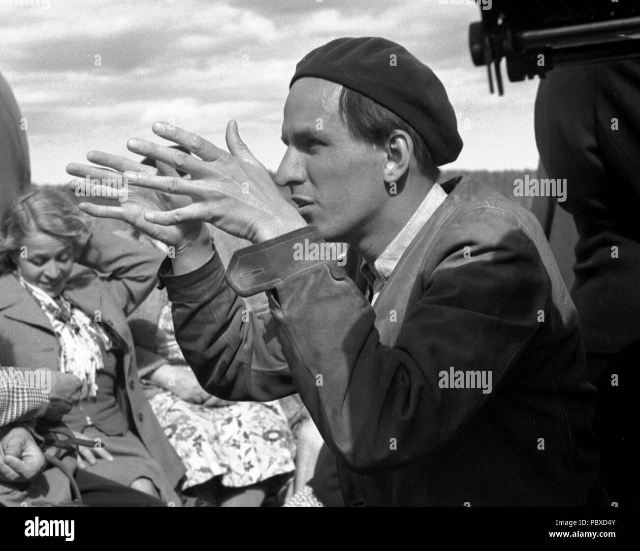 Ingmar Bergman. 1918-2007.  Swedish film director. Pictured here 1950 on the film set of the movie Summer Interlude. The film had premiere 1951. Photographer: Kristoffersson/az33/9 - Stock Image