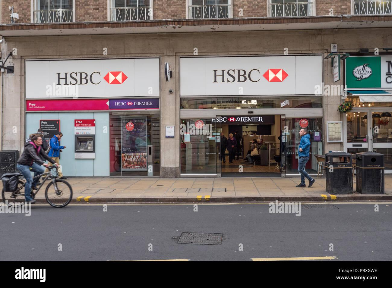 Hsbc Branch Uk Stock Photos & Hsbc Branch Uk Stock Images - Alamy