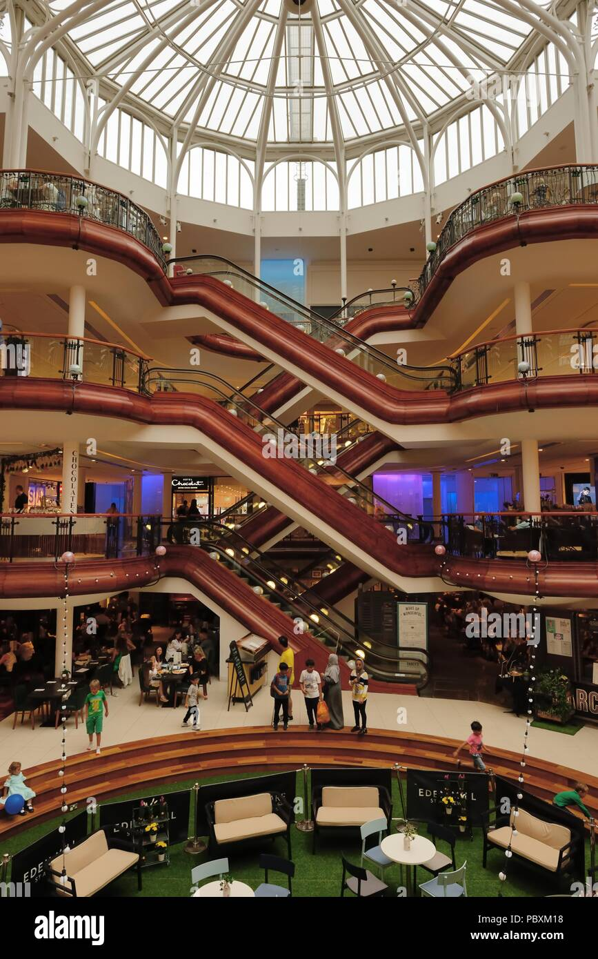 The luxurious interior of Princes Square shopping centre mall in Glasgow, Scotland, UK - Stock Image