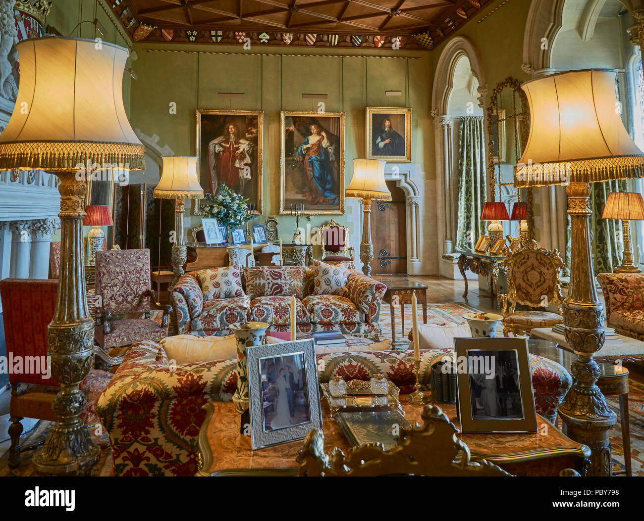 The Opulent Interior Of An English Country House Stock Photo Alamy