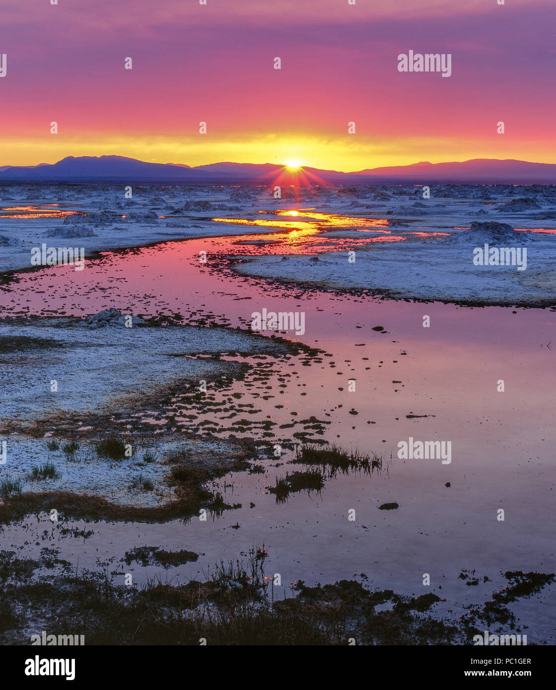 Sunrise, Mono Lake, Mono Basin National Forest Scenic Area, Inyo National Forest, California - Stock Image