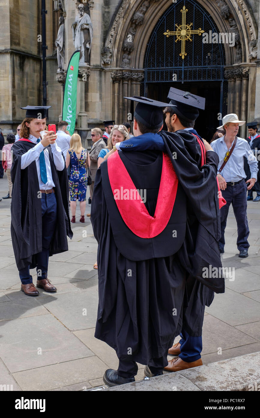 Graduation uni bristol what to wear