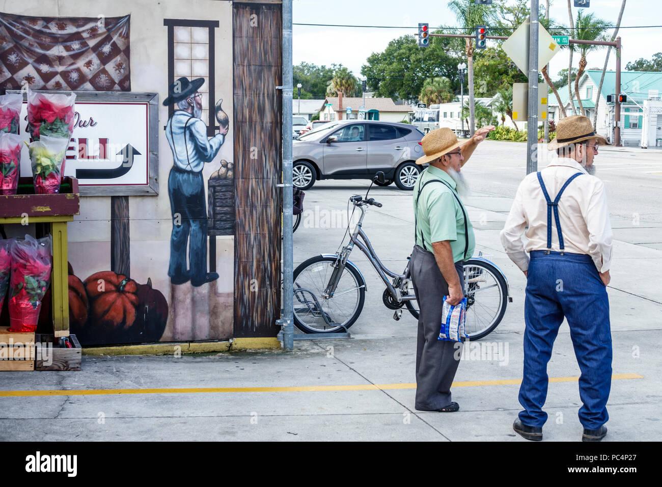 Sarasota Florida Pinecraft Pine Craft Yoder's Amish Village