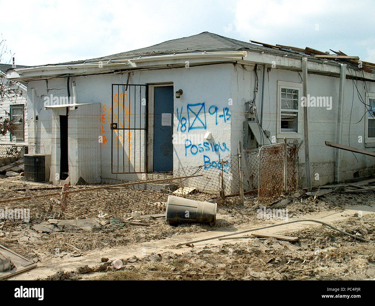 hurricane katrina aftermath damage in new orleans notice on