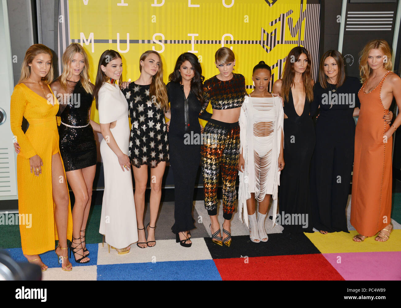 37bb6f00 Gigi Hadid and Martha Hunt, actress Hailee Steinfeld, model Cara  Delevingne, recording artists Selena Gomez and Taylor Swift, actress  Serayah McNeill, ...