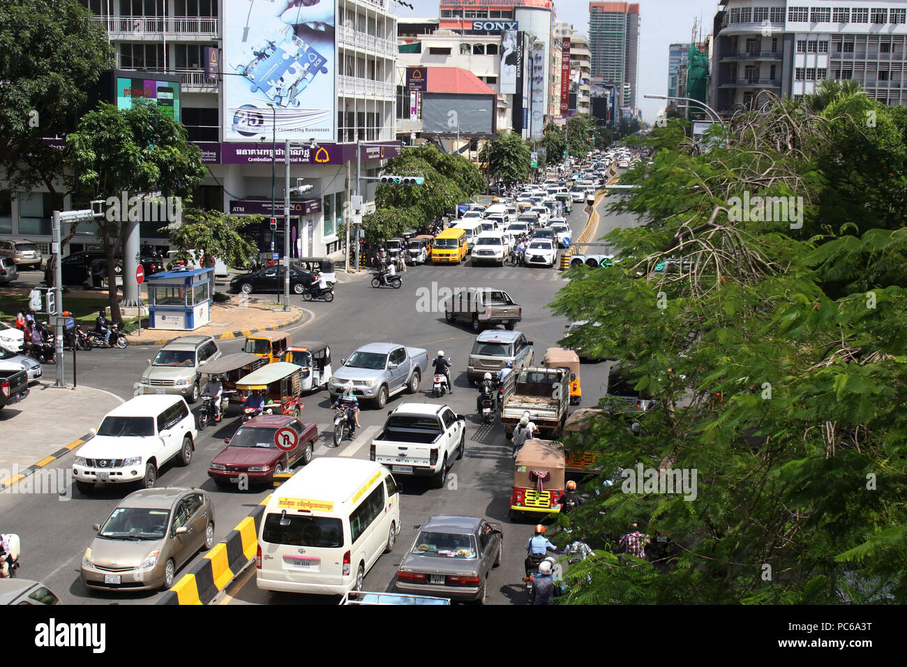 Phnom Penh, Cambodia  31st July, 2018  Vehicles run on