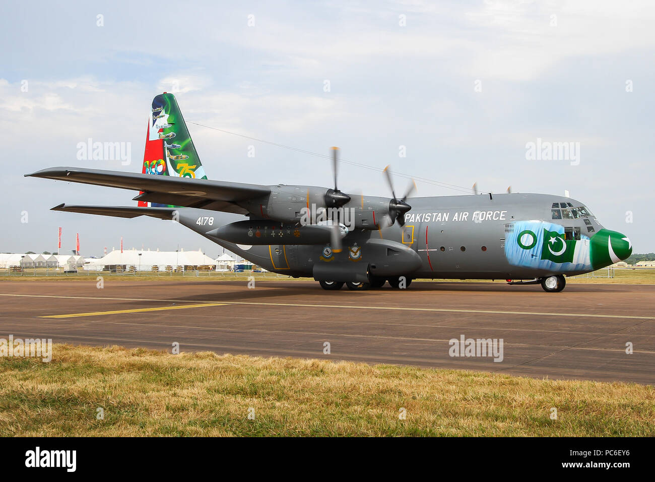 Fairford, UK. 16th July, 2018. Pakistan Air Force attended RIAT 2018 with their 75th anniversary C-130 Hercules. Credit: C. Van Grinsven/SOPA Images/ZUMA Wire/Alamy Live News - Stock Image