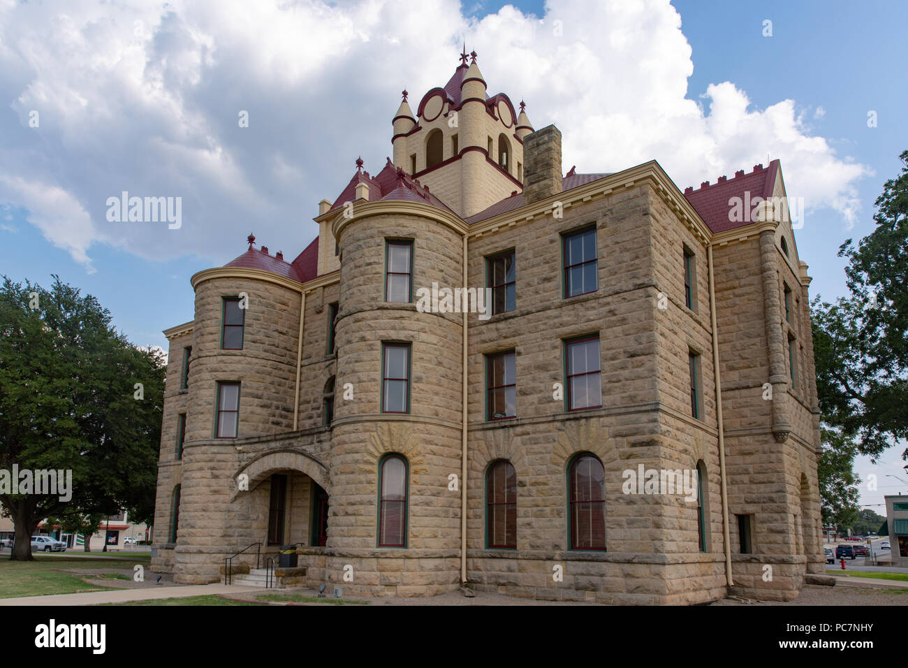 The historic 1900 McCulloch county courthouse in Brady Texas built in Romanesque Revival Style - Stock Image