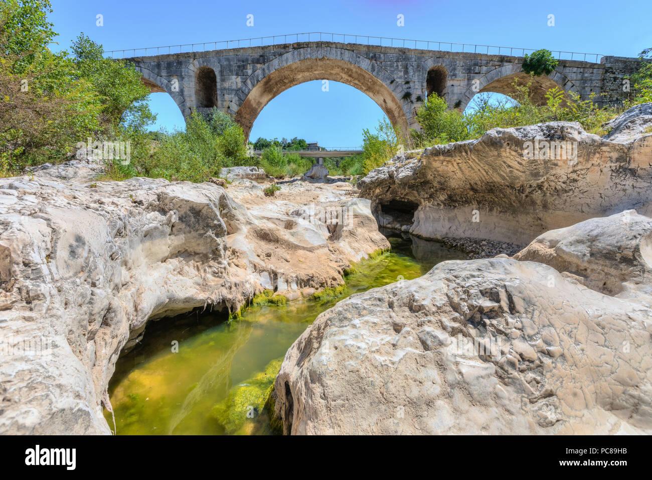 Pont Julien, Bonnieux, Provence, France - Stock Image