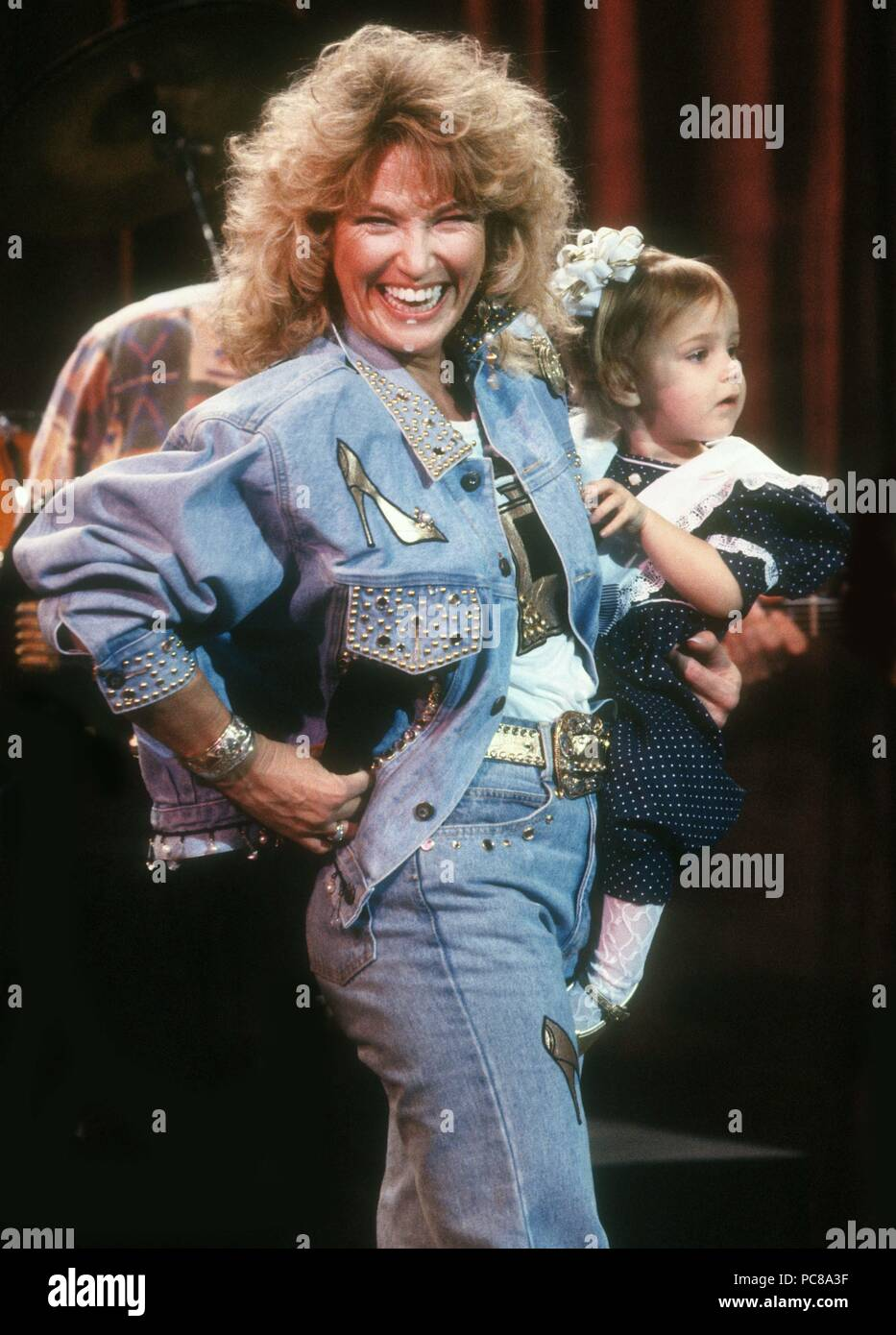 tanya tucker and daughter 1992 photo by adam scull photolink net