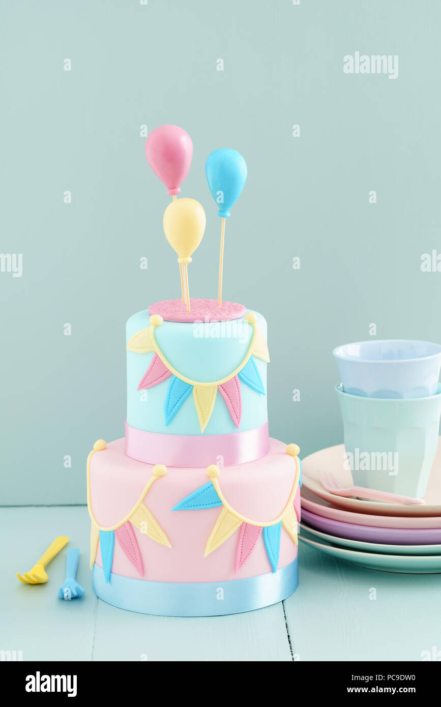 Fine Dishware Birthday Cake Fondant Children Birthday Pastel Colors Personalised Birthday Cards Cominlily Jamesorg