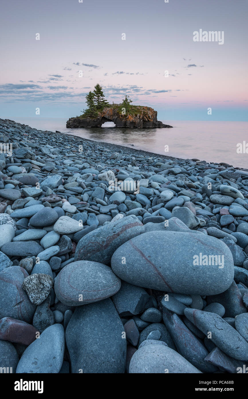 Hollow Rock at sunset. Grand Portage Indian Reservation, Cook County, MN, USA, by Dominique Braud/Dembinsky Photo Assoc - Stock Image