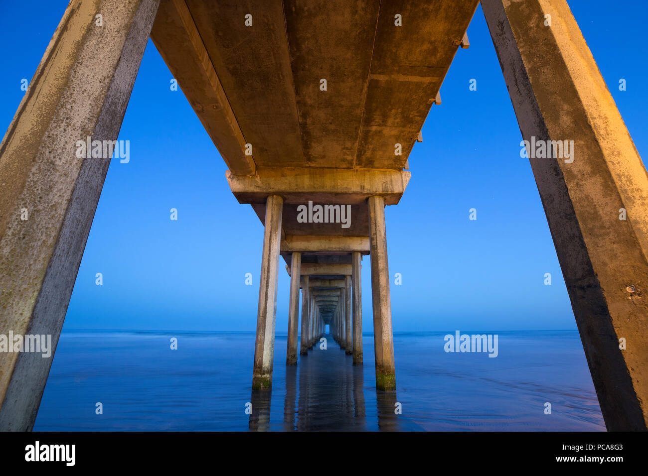 Scripps Institute of Oceanography pier at dawn. - Stock Image