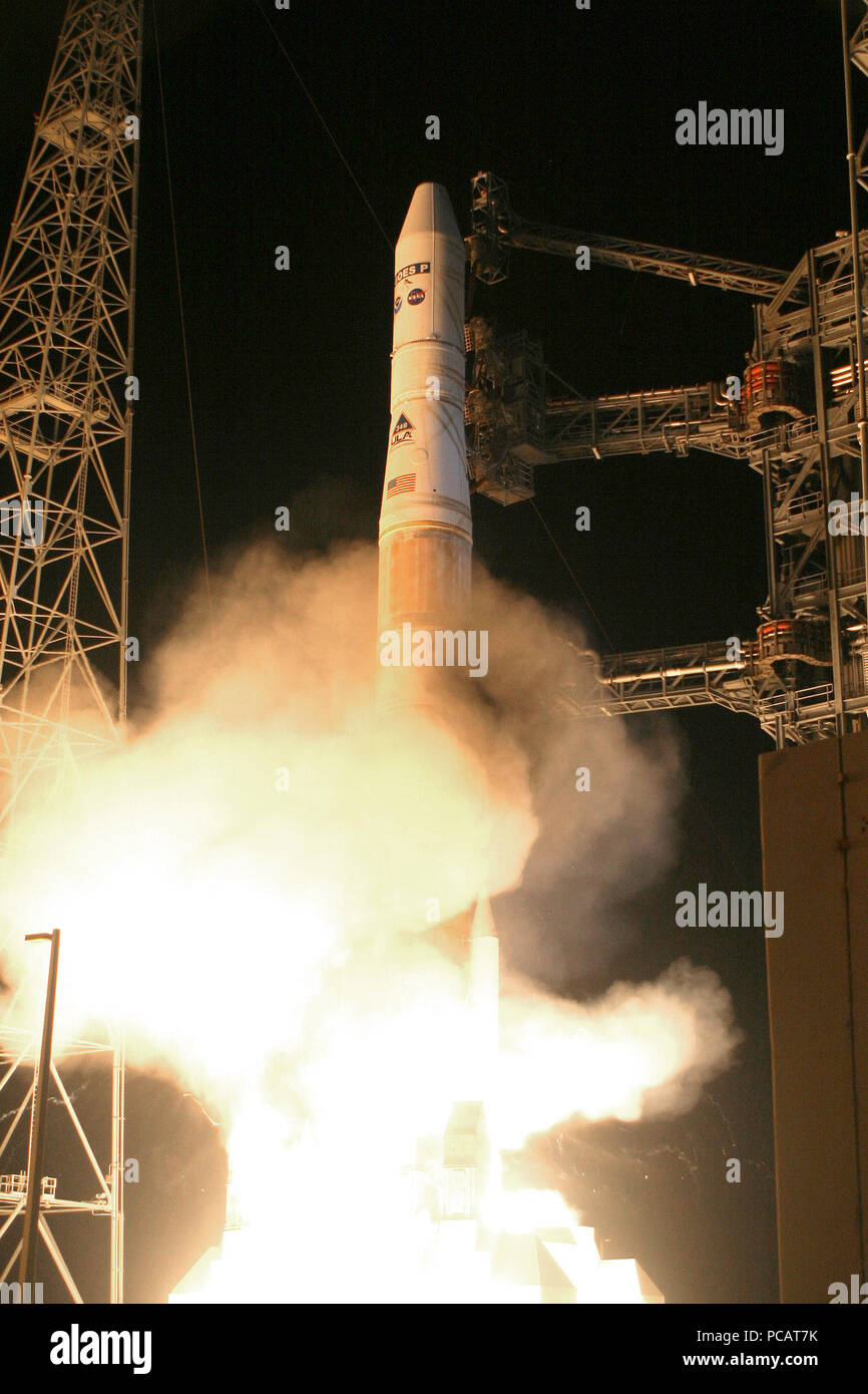 A United Launch Alliance Delta IV rocket lifts off with the NASA/NOAA Geostationary Operational Environmental Satellite P (GOES P)  2010 - Stock Image