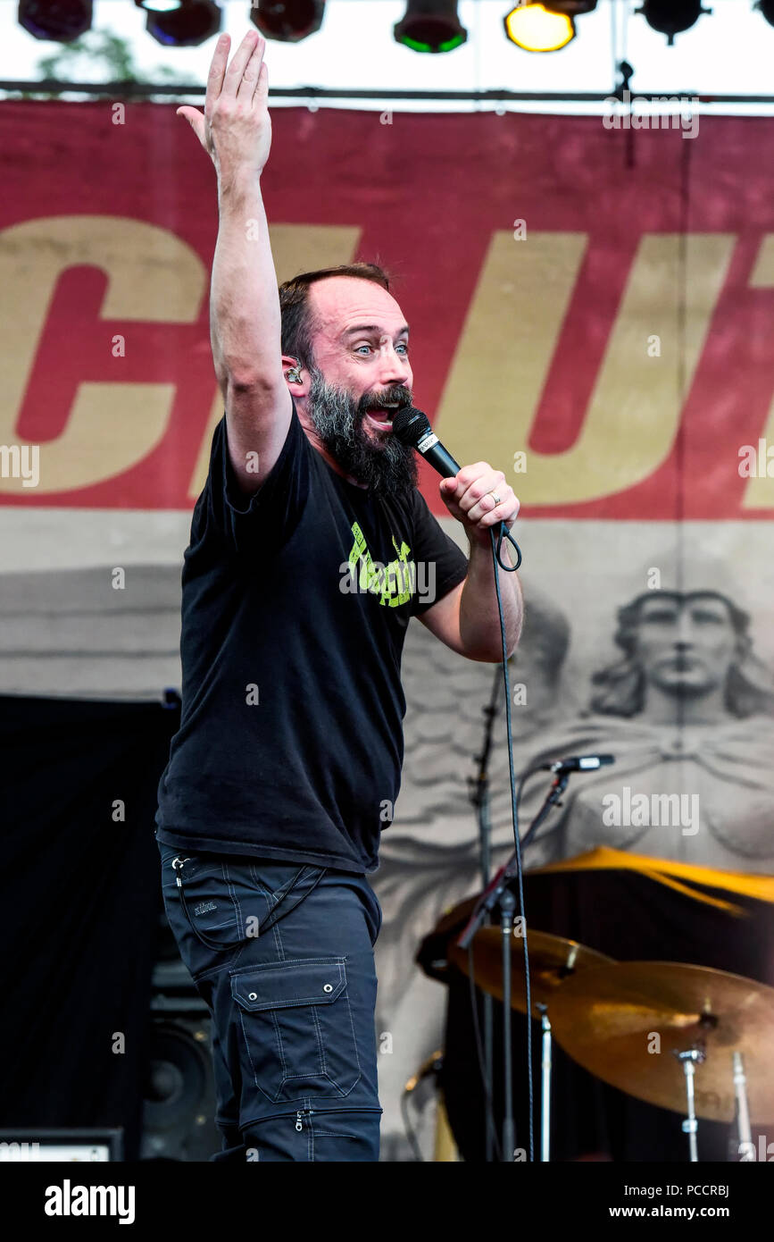 Mansfield, Ohio, July 15, 2018. Neil Fallon, singer for Clutch on stage at Inkarceration Fest 2018. Credit: Ken Howard/Alamy - Stock Image