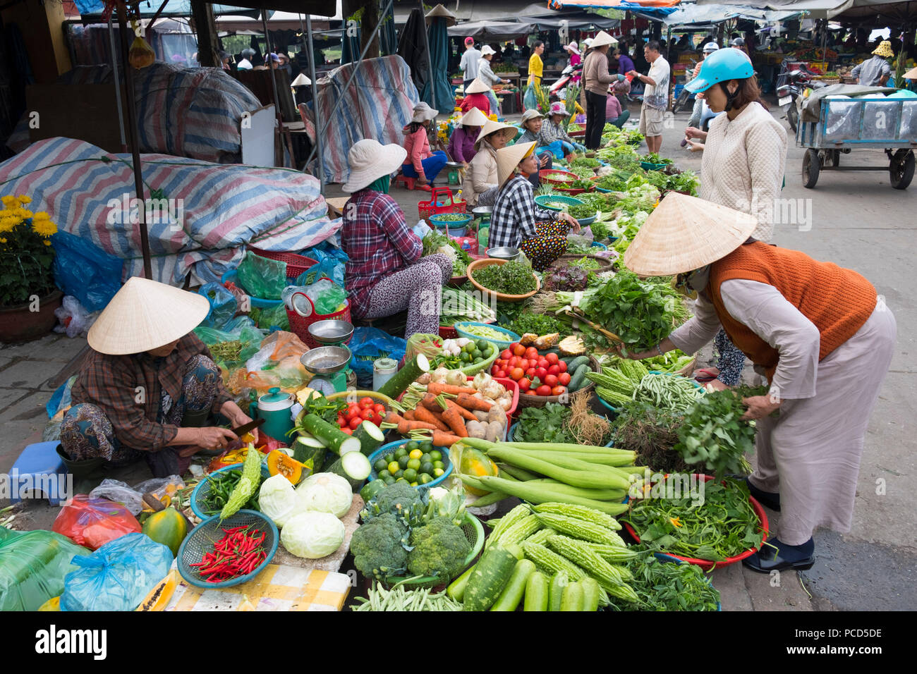Fruit and vegetables for sale at the market in Hoi An, Quang Nam Province, Vietnam, Indochina, Southeast Asia, Asia - Stock Image