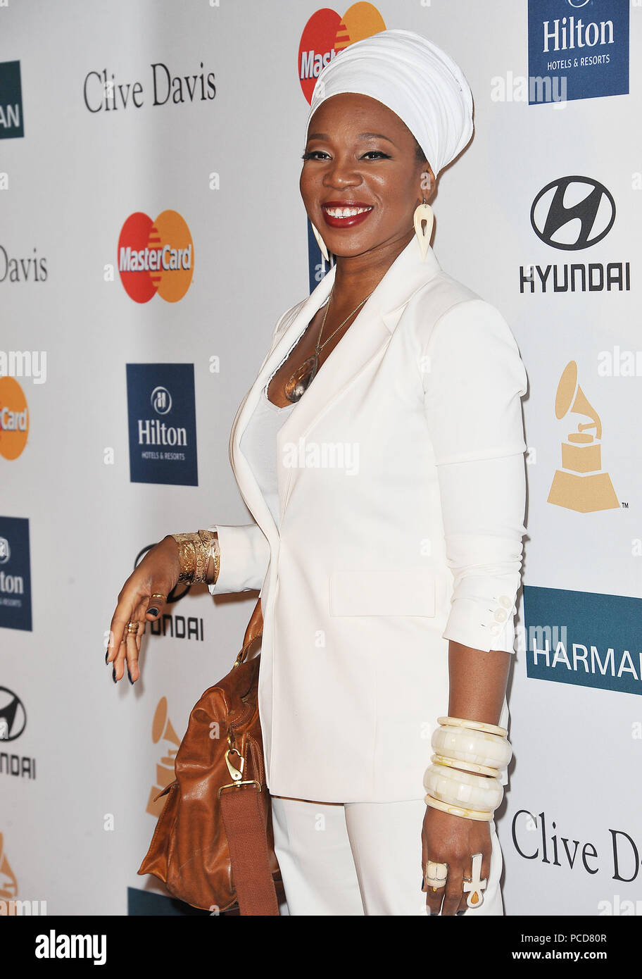 India Arie Stock Photos & India Arie Stock Images - Alamy