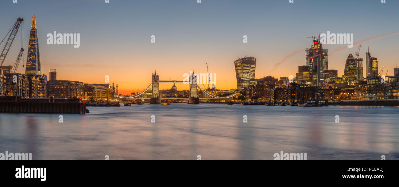 London, united kingdom: the great skyline of London with the buildings of the city in the background - Stock Image