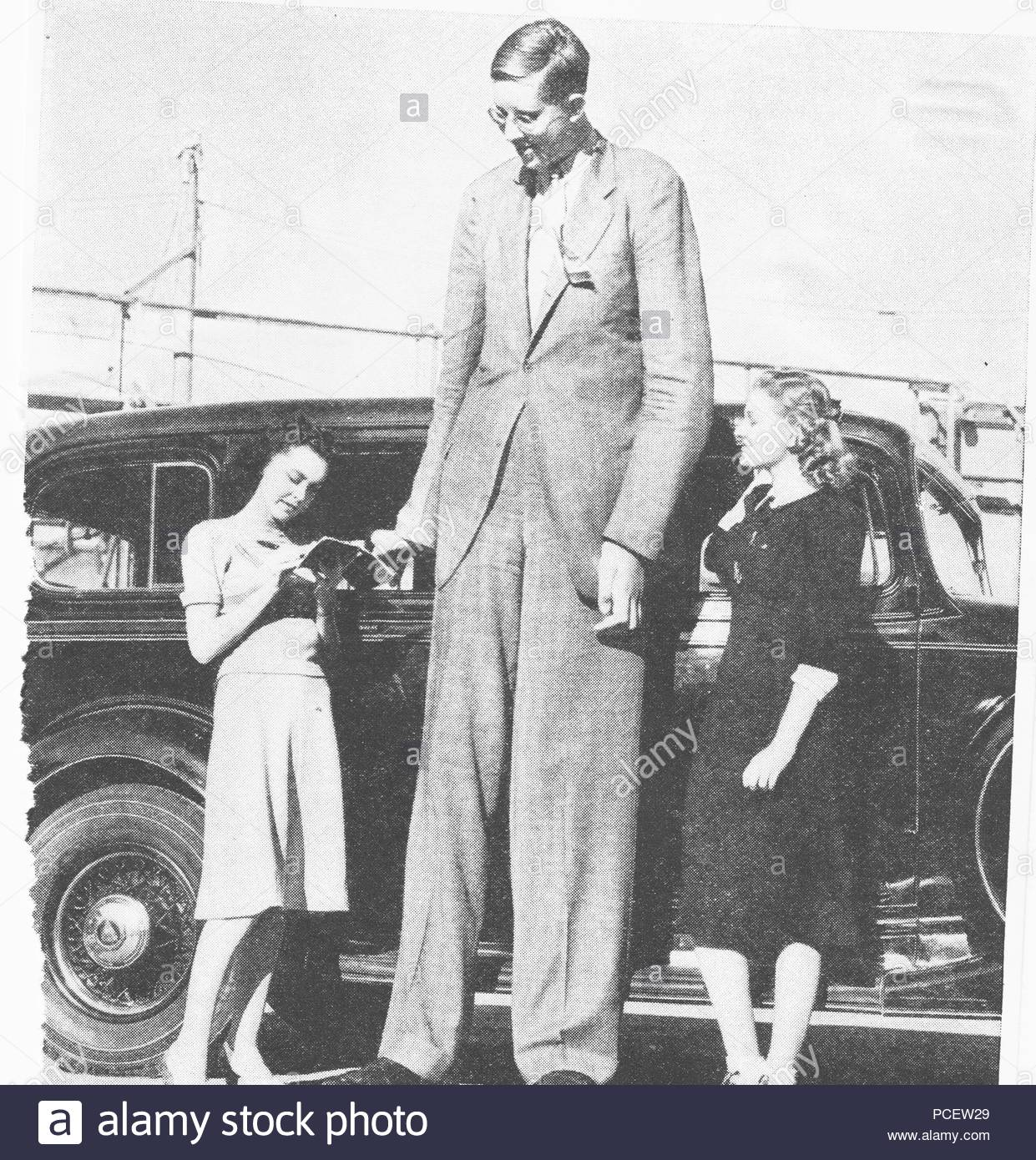 robert wadlow stock photos robert wadlow stock images alamy
